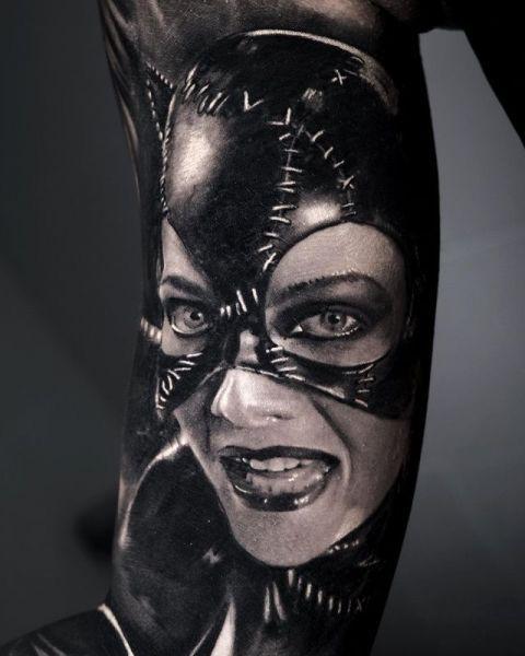 Artjom-2brothers-ink-dinkelsbuehl-tattoostudio-catwomen-dc-universe