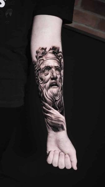 Artjom  tattoo