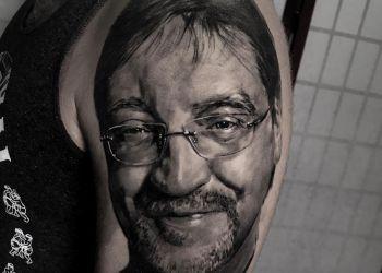 Artjom-2brothers-ink-dinkelsbuehl-tattoostudio-portrait