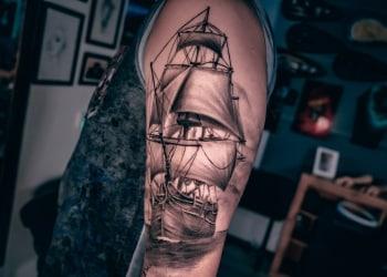 Schiff-Kompass-Tattoo-abgeheilt1